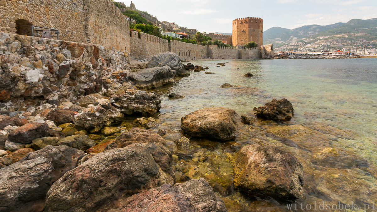 Alanya-Red Tower